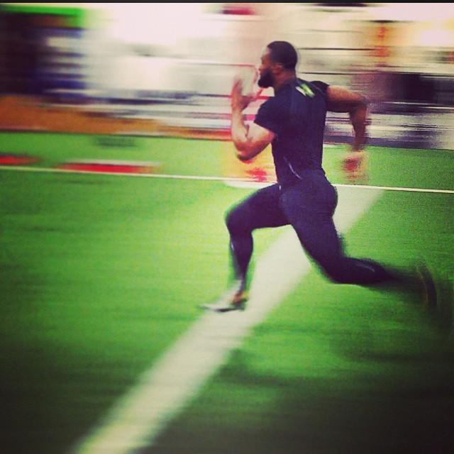 speed and power for fighters and grapplerstyron woodley sprinting w coach giff