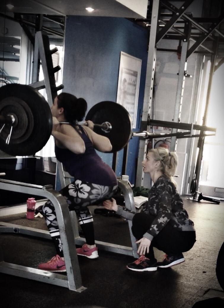 Is Powerlifting Bench Squat Deadlift Beneficial For Combat Athletes